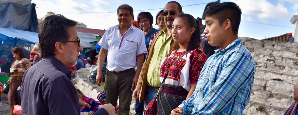 Ambassador receives guided tour of Chichicastenango by Access students